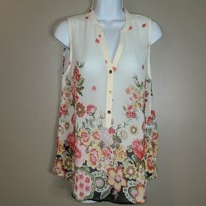Francesca's Floral Print Sleeveles Tunic